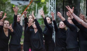 """LKK studentu izrāde """"Dialogs ar Ziedoni"""" atklāj festivālu """"Rīga spēlē teātri 2019"""""""