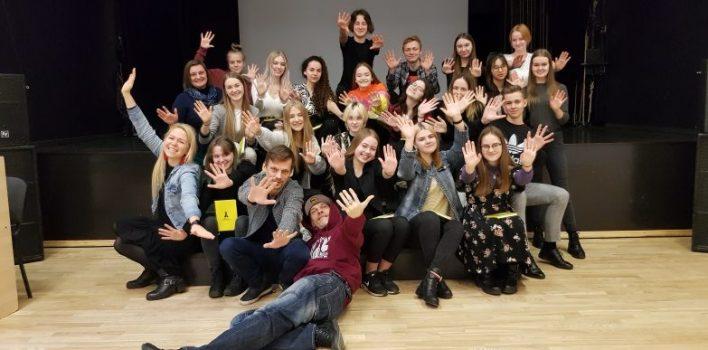Latvijas Kultūras koledžas darbiniekus ēno vairāk nekā 20 ēnas